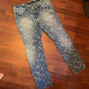 Seven7 Feather Skinny Jeans